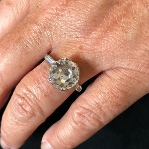Jewelry - Vintage Ring with Whopper Stone